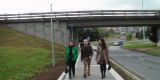 Barakaldo estrena el nuevo paso peatonal que evita el tránsito por los túneles de Lutxana