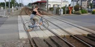 Gobierno Vasco licita la supresión del paso a nivel de Mendizur de la línea Bilbao-San Sebastián
