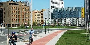 Vitoria adjudica las obras del carril bici que conectará Herrería y Portal de Arriaga