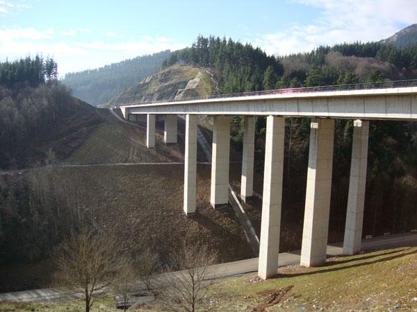 Adif adjudica los dos últimos tramos del nudo de Bergara de la 'Y vasca'