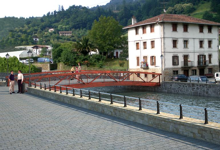 puente  Zubizaharra
