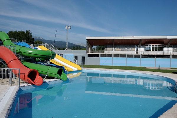 Elorrio inicia los arreglos de las piscinas de elizalde for Piscinas bizkaia