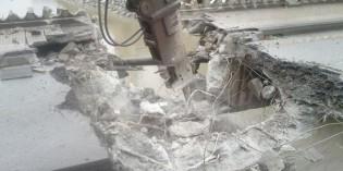 URA inicia la demolición del puente de Urbi, en Basauri