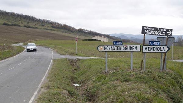 Monasterioguren-y-Mendiola