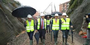 El soterramiento del paso a nivel de Urduliz estará listo a finales de 2016