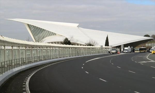 aeropuerto-de-bilbao-2016