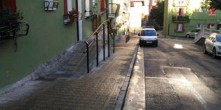 Tolosa mejora los accesos del barrio de Izaskun