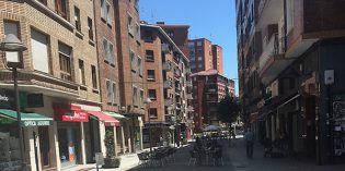 Basauri reemplazará los adoquines en la calle Begoñako Andra Mari