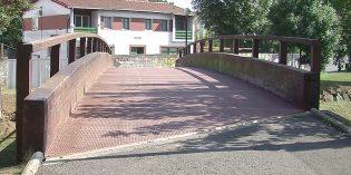 Trapagaran sustituirá las dos pasarelas sobre el arroyo Granada