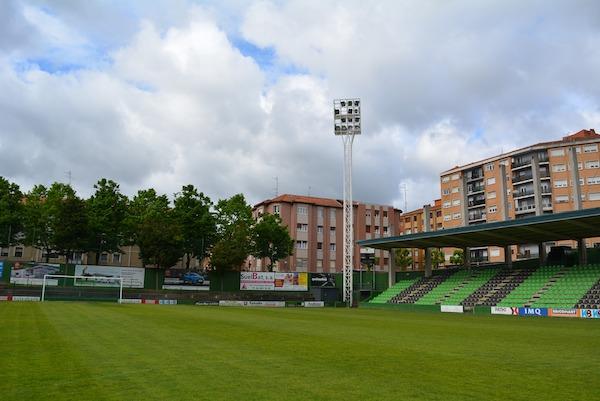 Sestao renovará la iluminación del campo de fútbol de Las Llanas