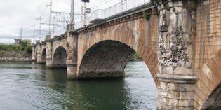 Adif adjudica las obras para la rehabilitación del puente ferroviario internacional sobre el Río Bidasoa