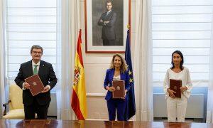 Bilbao firma el acuerdo de soterramiento del tren en Zorroza
